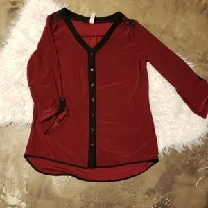 Button down Blouse Small Ruby red and black